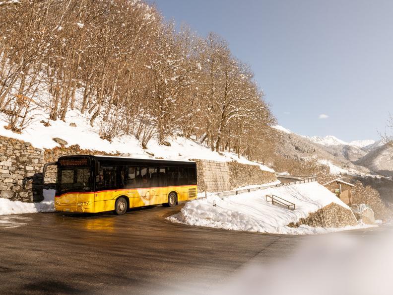 Image 2 - Unterwegs mit dem Postauto