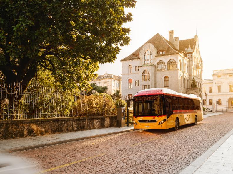 Image 3 - Unterwegs mit dem Postauto