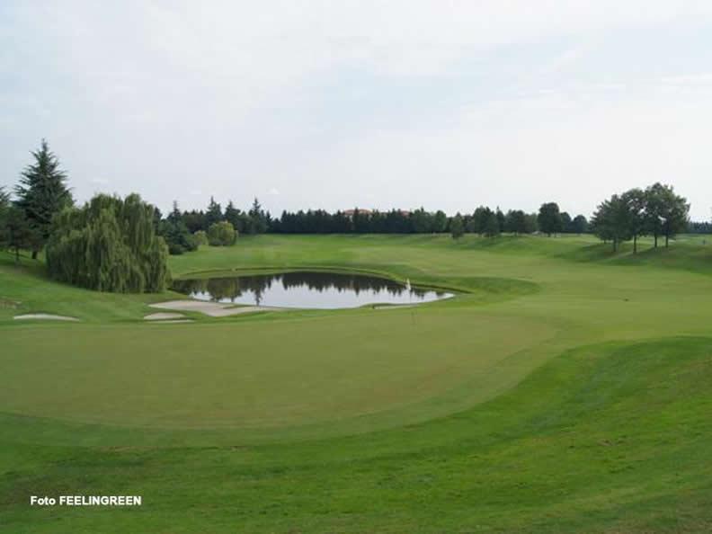 Image 0 - Golf Club Le Robinie