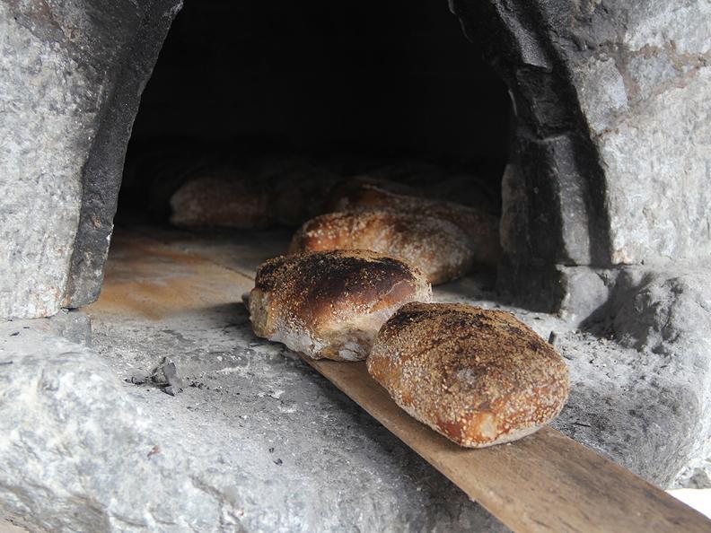 Image 0 - Baked bread Workshop