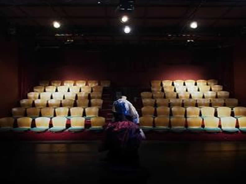 Image 0 - Teatro Paravento