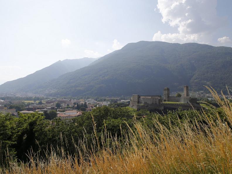 Image 13 - Die drei mittelalterlichen Burgen von Bellinzona
