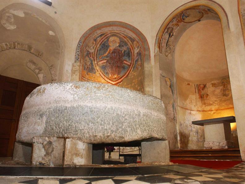 Image 0 - Riva San Vitale: Baptistery