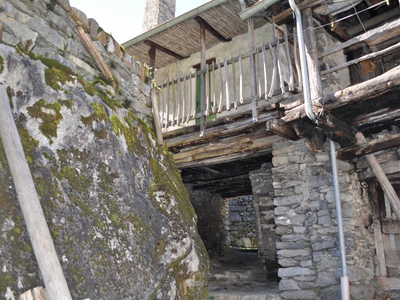 Image 4 - Val Bavona: Sonlerto - Waterfall of Foroglio - Bignasco