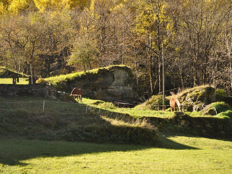 Image 6 - Val Bavona: Sonlerto - Waterfall of Foroglio - Bignasco