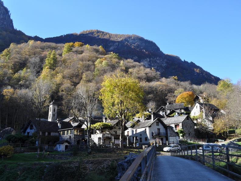 Image 8 - Val Bavona: Sonlerto - Wasserfall Foroglio - Bignasco