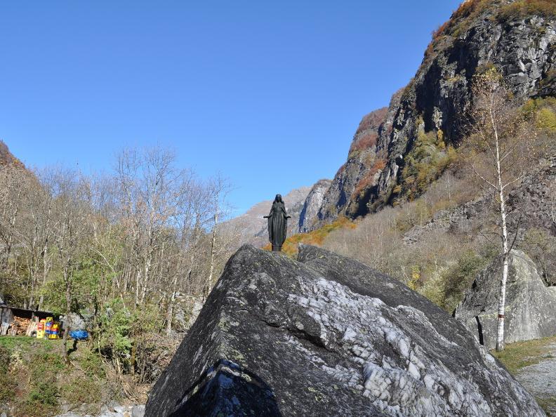 Image 12 - Val Bavona: Sonlerto - Wasserfall Foroglio - Bignasco