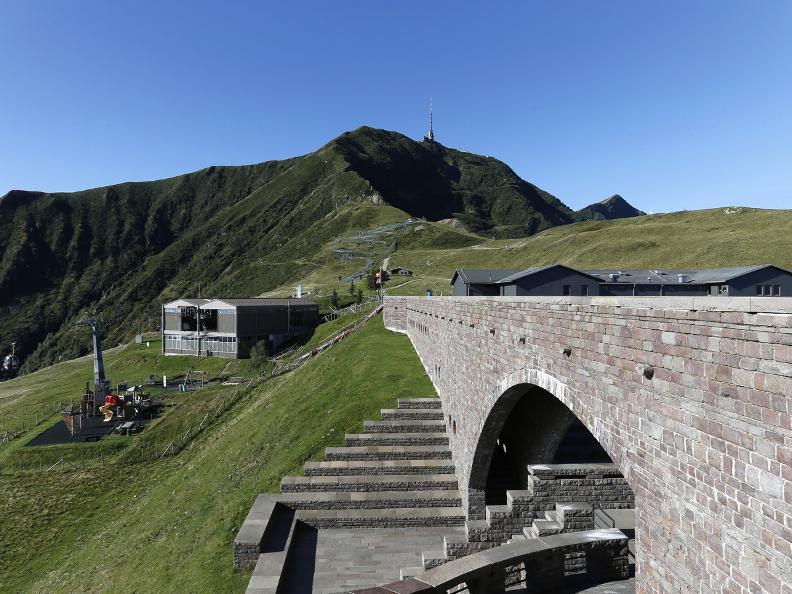 Image 2 - The Monte Tamaro - Monte Lema traverse
