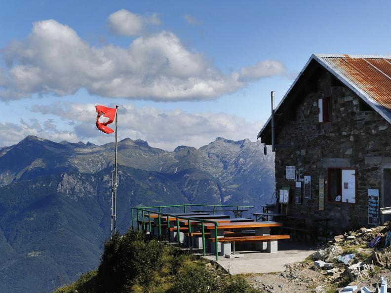 Image 3 - The Monte Tamaro - Monte Lema traverse