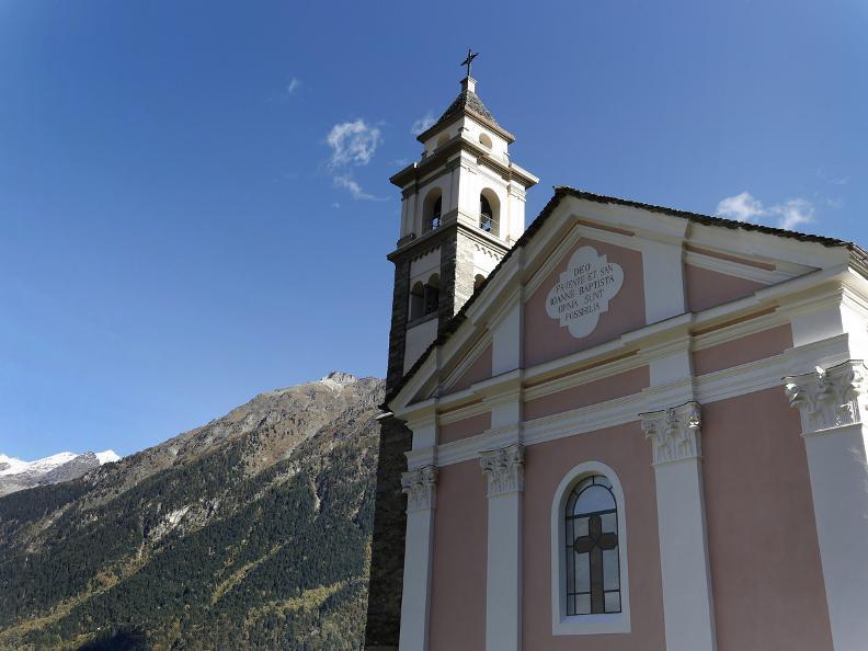 Image 17 - La chiesa romanica di San Carlo a Negrentino
