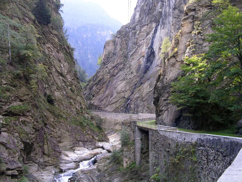Image 5 - The Gotthard Path: Dazio Grande – Faido