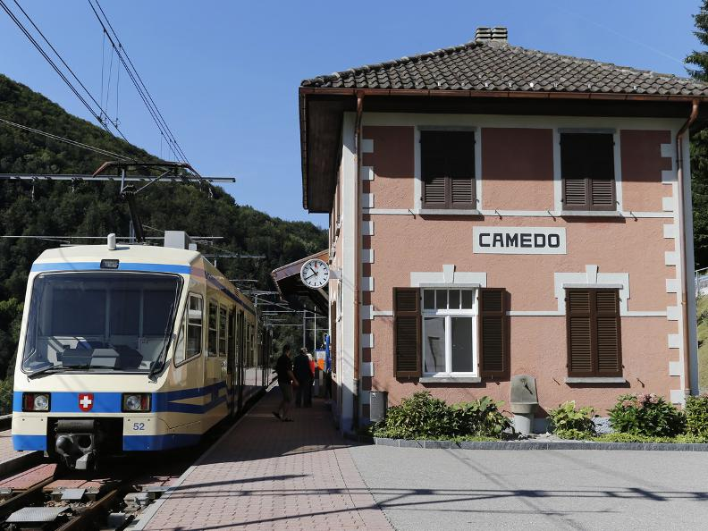 Image 19 - Camedo - Intragna: the Via del Mercato