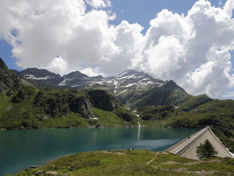 Image 7 - Robièi and the Cavagnöö's Lake