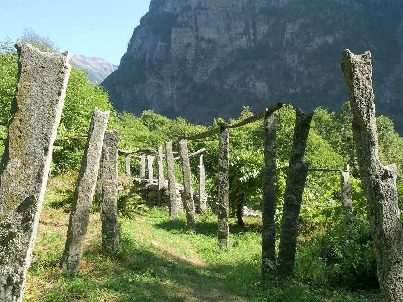 Image 0 - Ponte Brolla - Cevio
