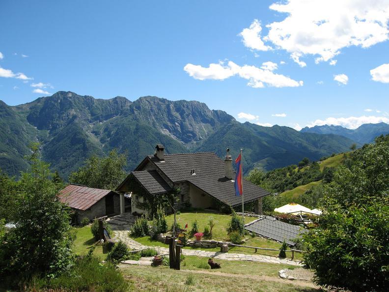 Image 5 - Monte Comino - Costa - Intragna