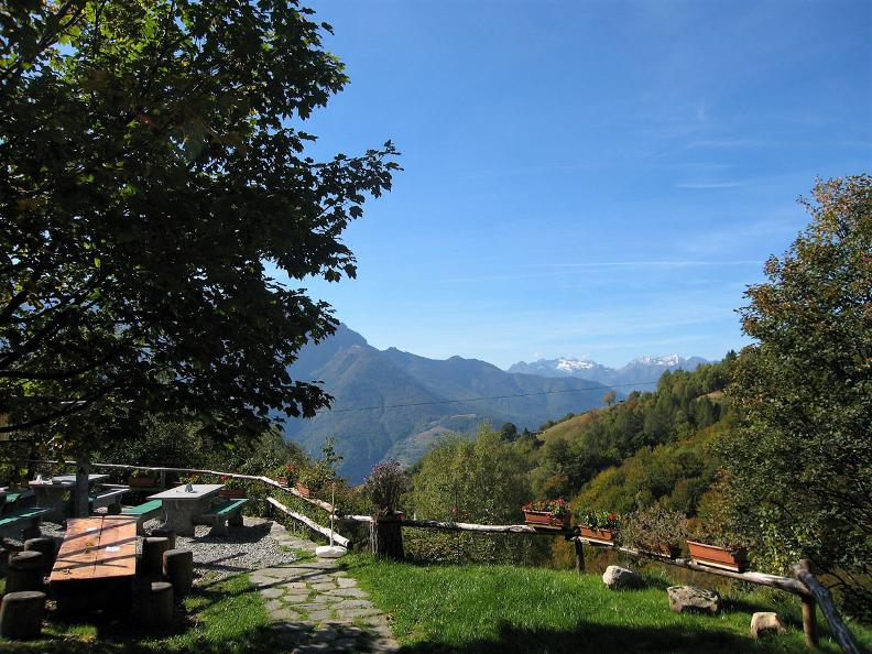 Image 2 - Monte Comino - Costa - Intragna