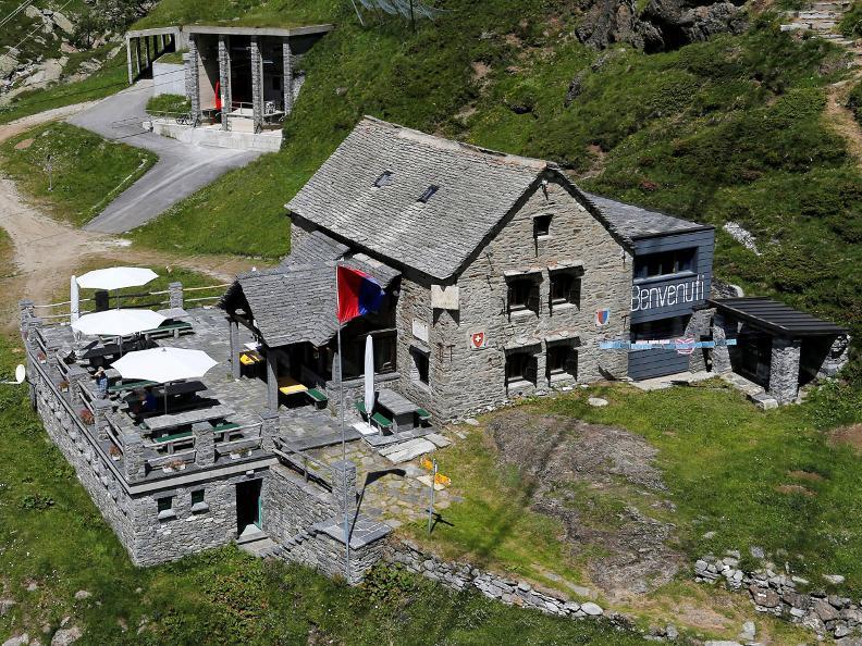 Image 1 - Sentiero Cristallina Stage 2: S. Carlo - Cap. Cristallina