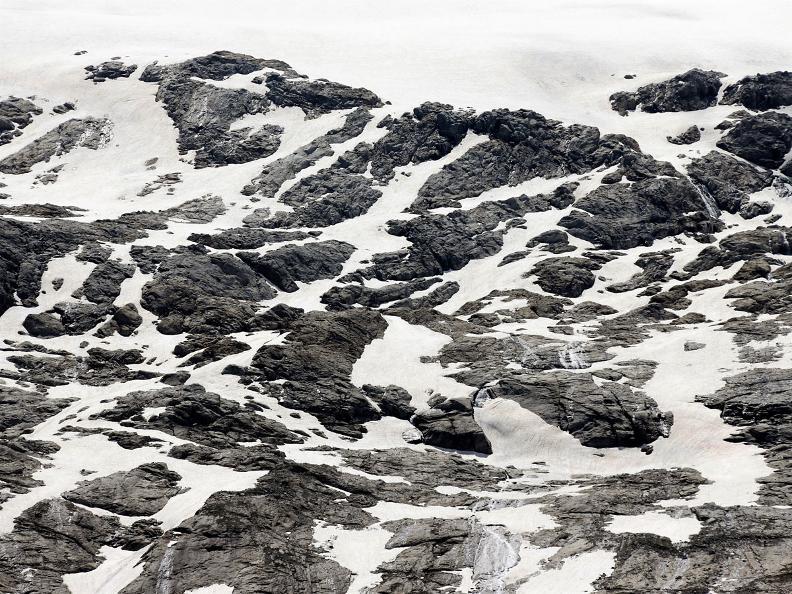 Image 8 - Sentiero Cristallina Stage 2: S. Carlo - Cap. Cristallina