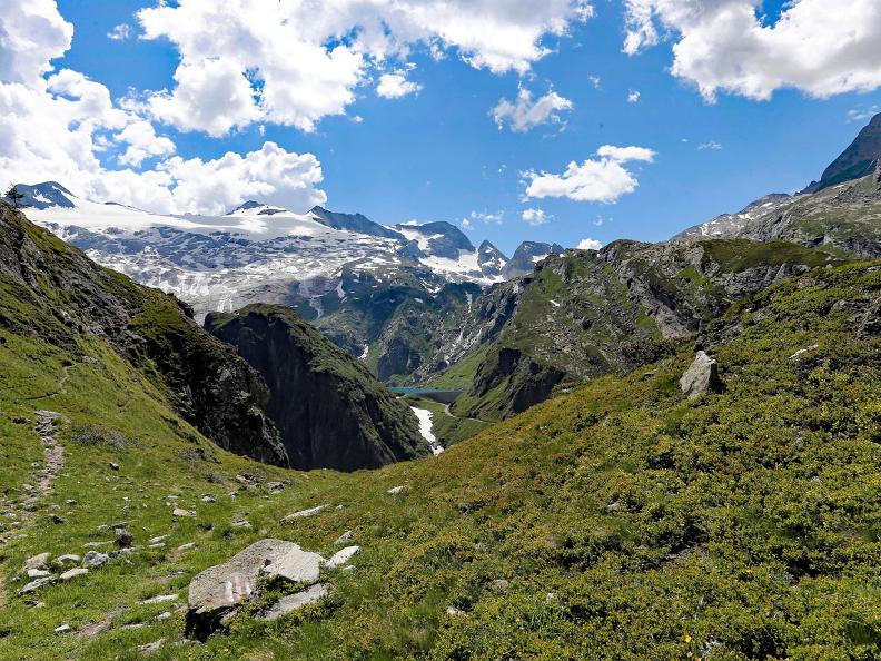 Image 10 - Sentiero Cristallina Stage 2: S. Carlo - Cap. Cristallina