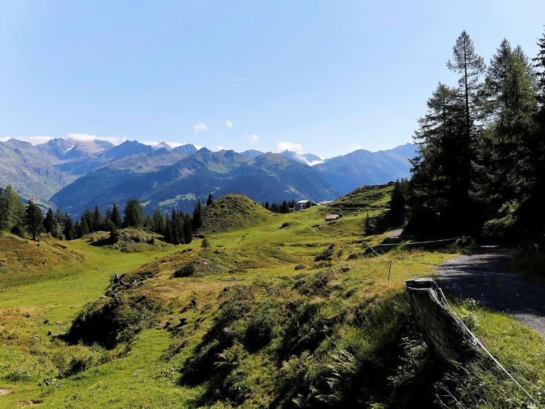 Image 6 - Sentiero Cristallina Tappa 3: Cap. Cristallina - Airolo