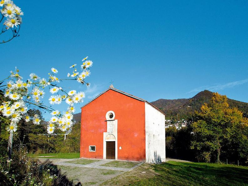Image 0 - Castel S. Pietro: Chiesa Rossa