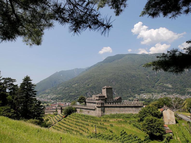 Image 5 - Die befestigten Hügel von Bellinzona