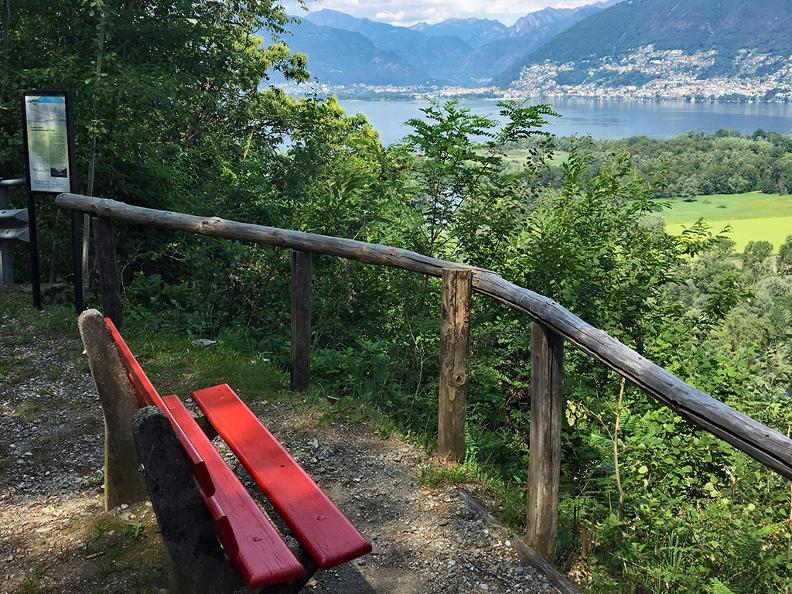 Image 10 - Mountains and lake - Educational trail
