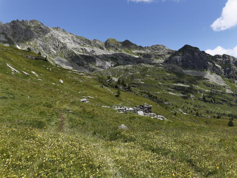 Image 4 - Bosco Gurin and the three alpine lakes