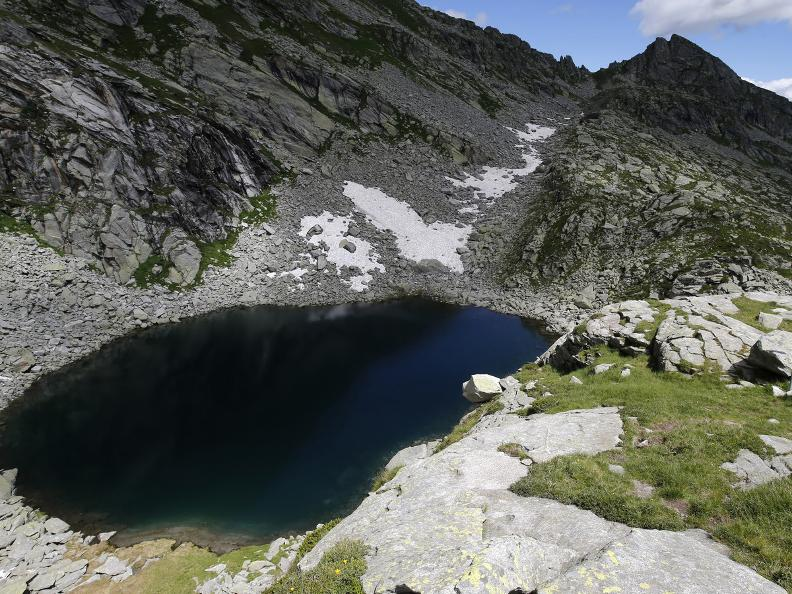Image 13 - Bosco Gurin and the three alpine lakes