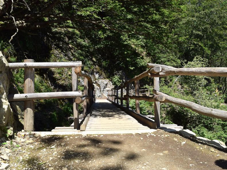 Image 4 - Curzùtt et le pont tibétain Carasc