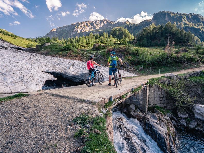 Image 3 - Alpi Bedretto Bike