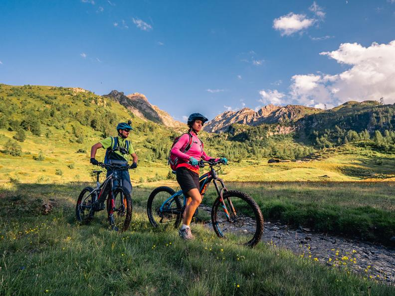 Image 5 - Alpi Bedretto Bike