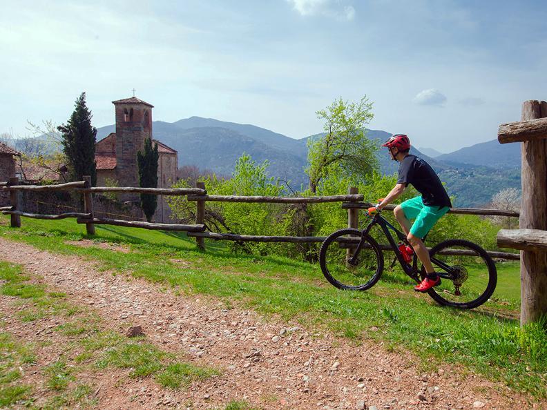Image 1 - Vicania Bike