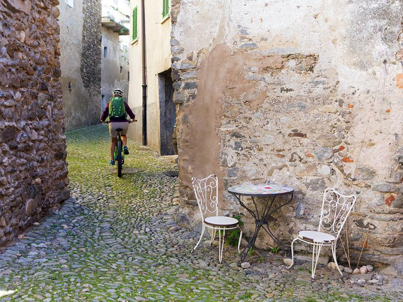 Image 3 - Tresa Bike