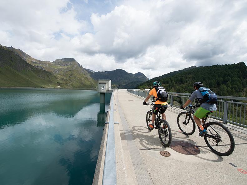 Image 2 - Gottardo Bike Stage 1: Andermatt - Airolo