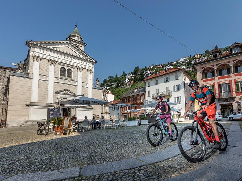 Image 1 - Cardada Bike