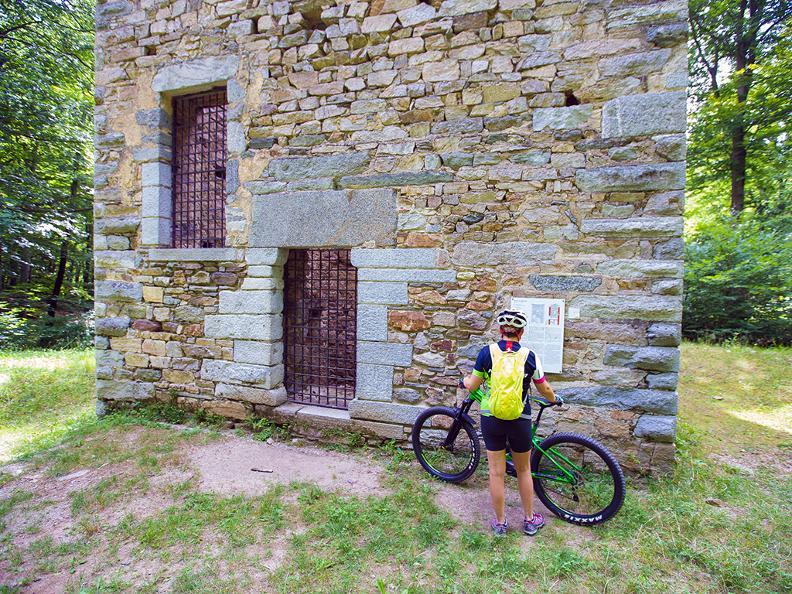 Image 2 - Origlio Bike