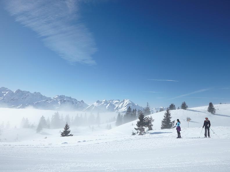 Image 0 - Snowshoe trail - Carì