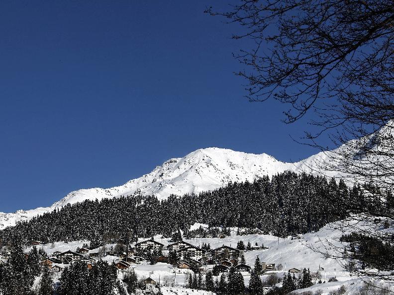 Image 4 - Snowshoe trail - Carì