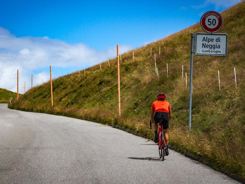 Image 0 - Locarno-Alpe di Neggia