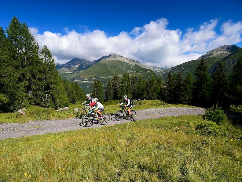 Image 1 - Airolo Bike