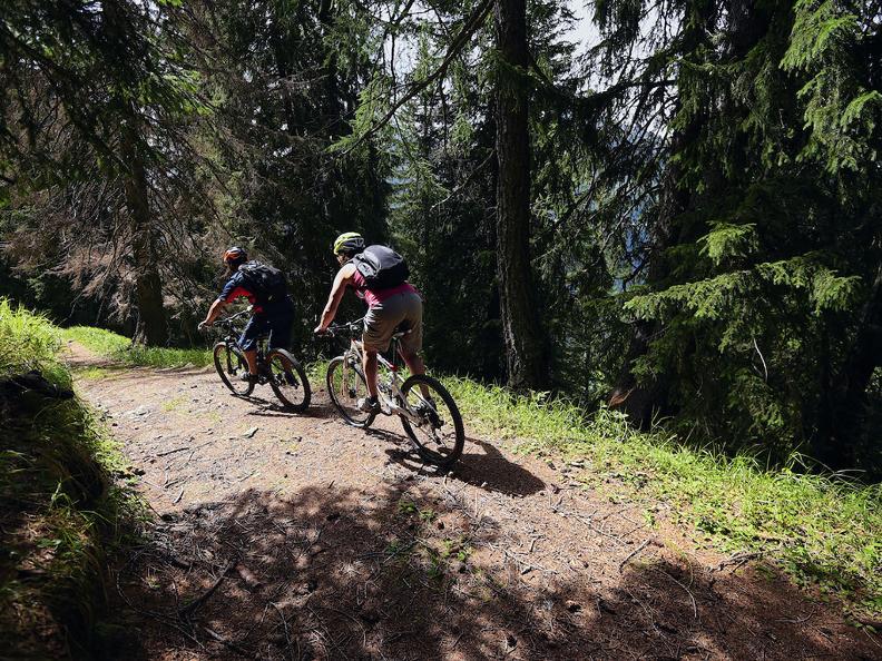 Image 3 - Airolo Bike