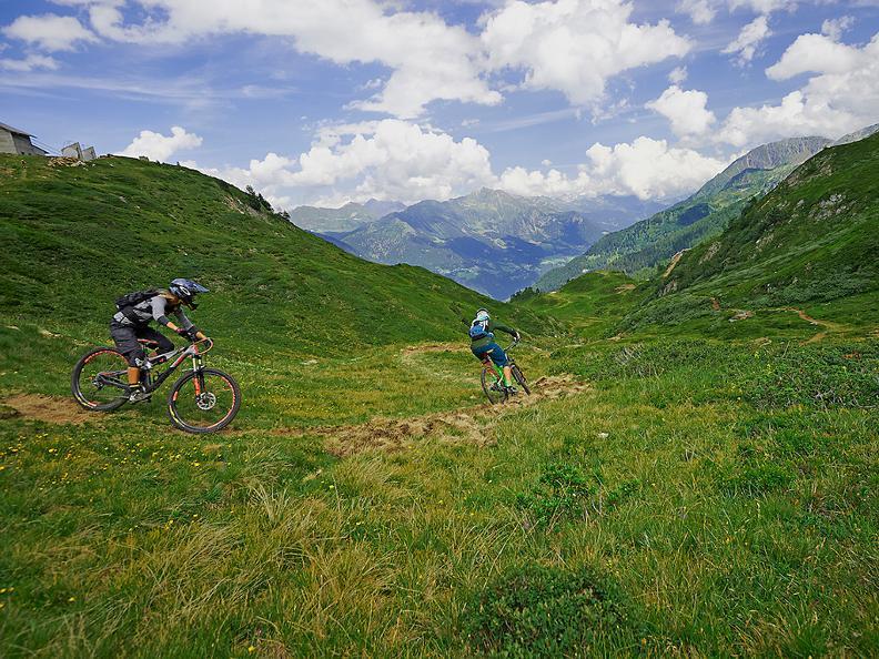 Image 4 - Airolo Bike
