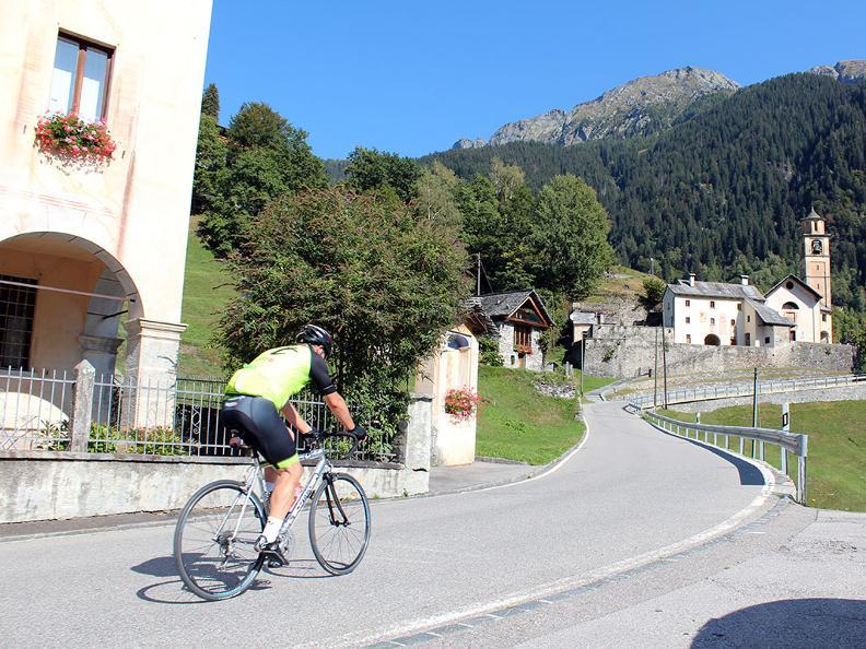 Image 2 - Vallée Rovana : Linescio – Cerentino – Bosco Gurin