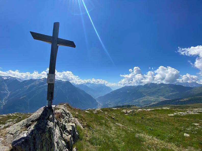 "Image 8 - Gorda – Larescia Peak or ""Eagle's Nest"""
