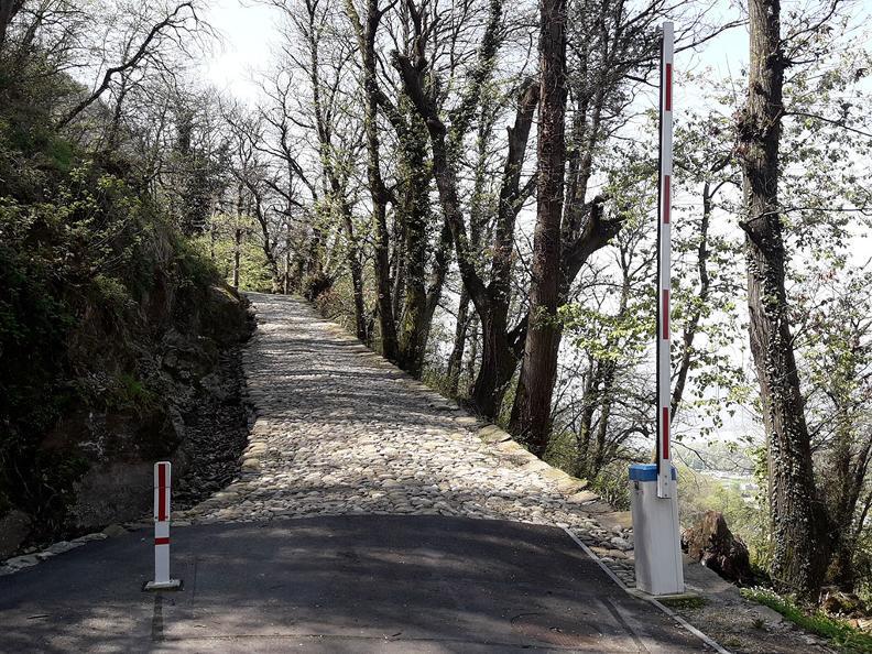 Image 2 - Der historische Weg des Montecenerino