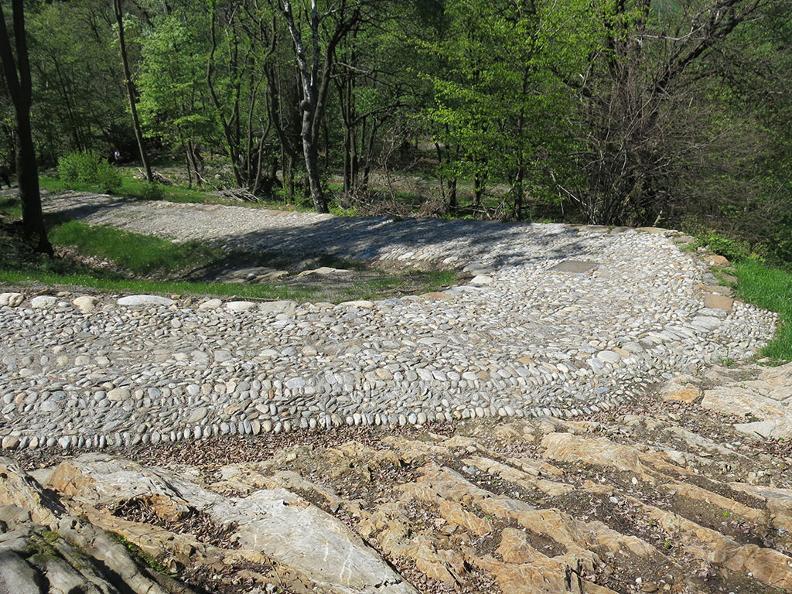 Image 8 - Der historische Weg des Montecenerino