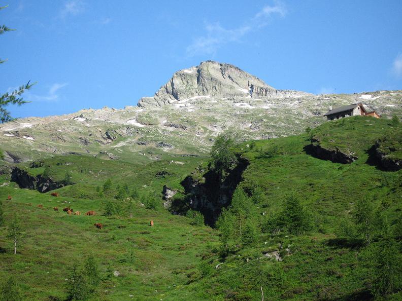 Image 2 - Trekking dei laghetti alpini