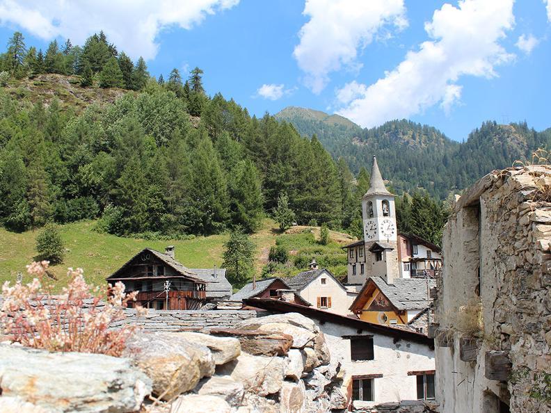 Image 14 - Trekking dei laghetti alpini