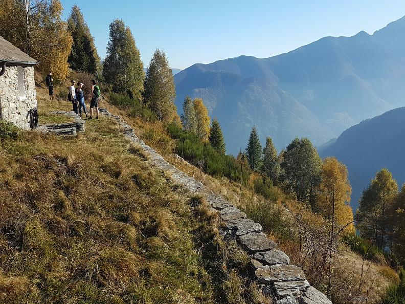 Image 0 - Salmone Trail